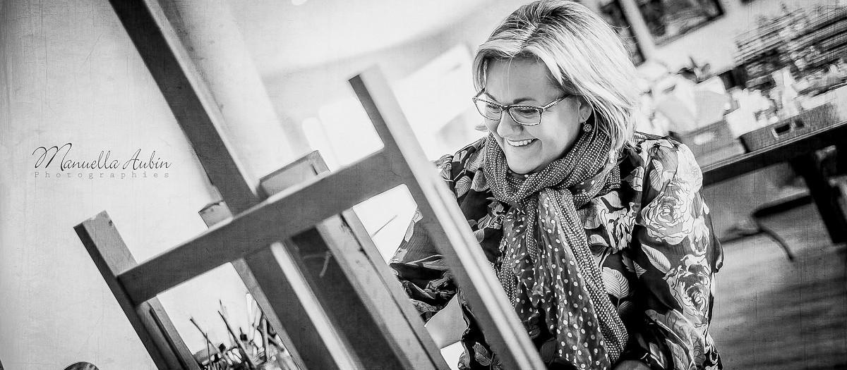 Reportage auprès d'une artiste peintre, Flora Merleau